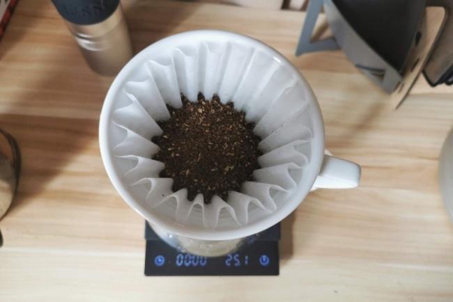 drip coffee bloom
